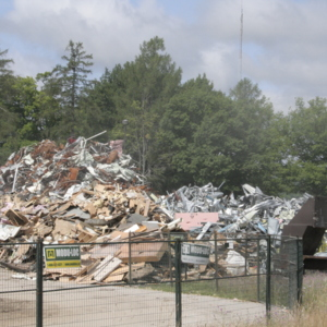 Recycling of building components during demolition